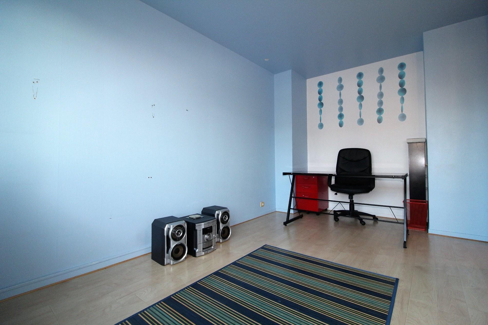 mantes la jolie vente maison 5 pi ces 135m2 239 000 r f 202124 centrale immobiliere. Black Bedroom Furniture Sets. Home Design Ideas