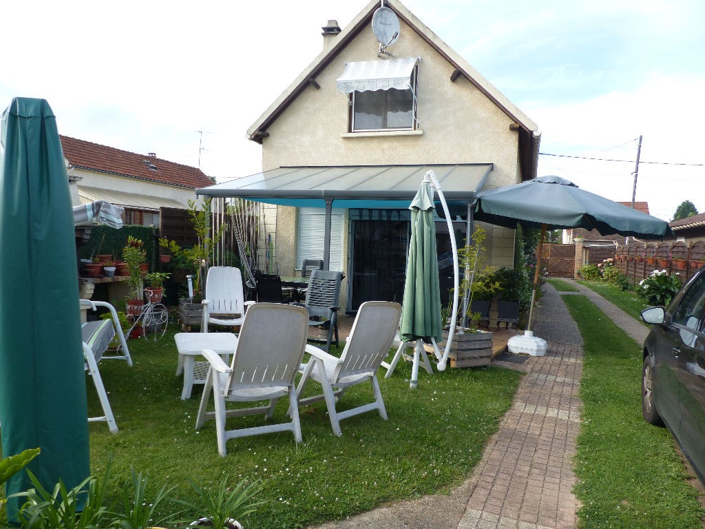 Piscine limay for Aubergenville piscine