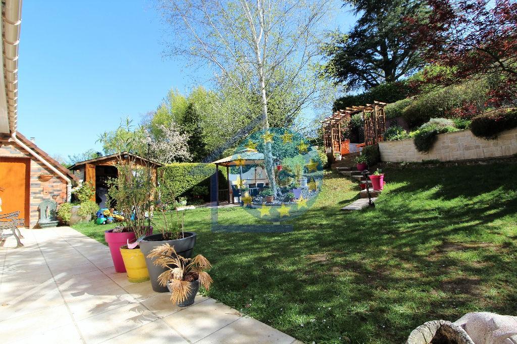 Mantes la ville domaine de la vall e vente maison 7 for Jardin 78200